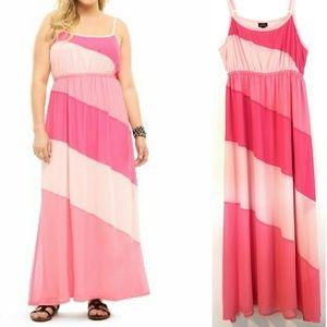 0X (12) Torrid Pink Colorblock Maxi Dress